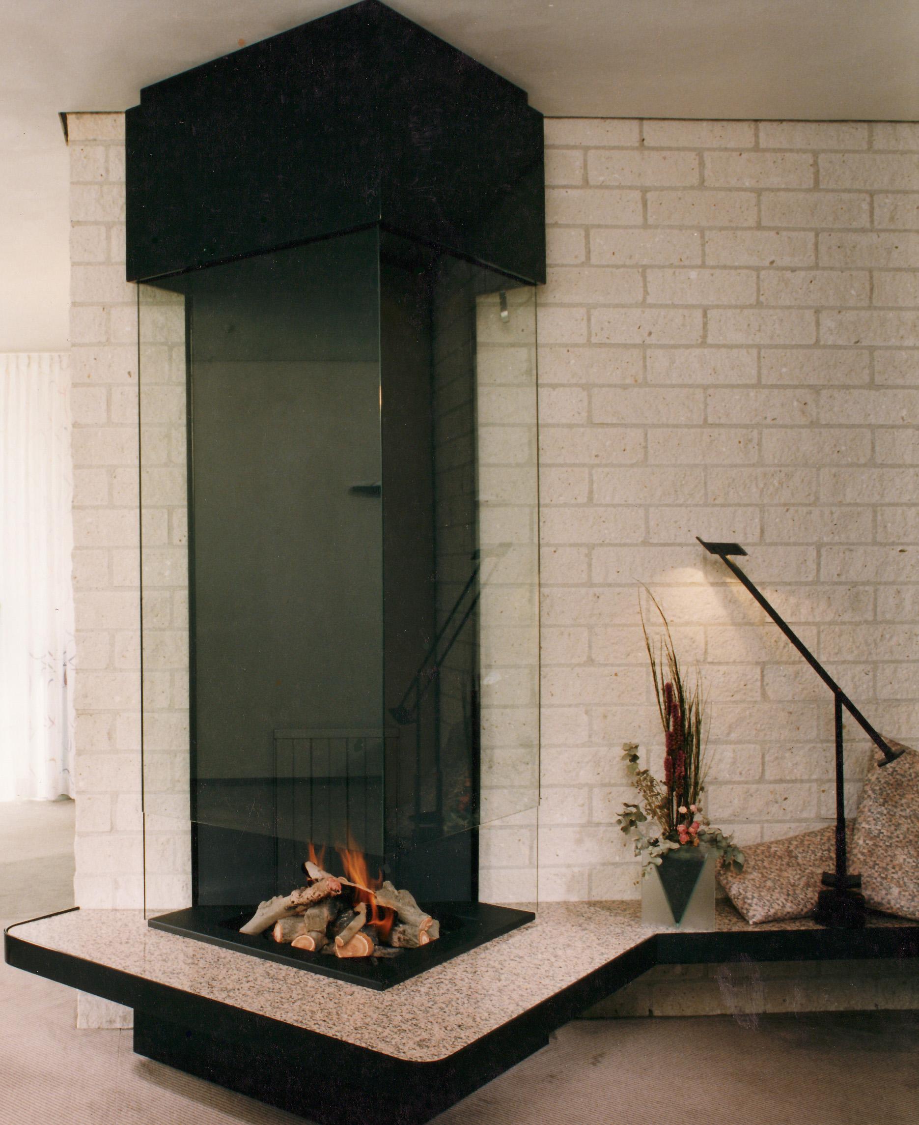 chemin e contemporaine chemin e moderne chemin e design. Black Bedroom Furniture Sets. Home Design Ideas