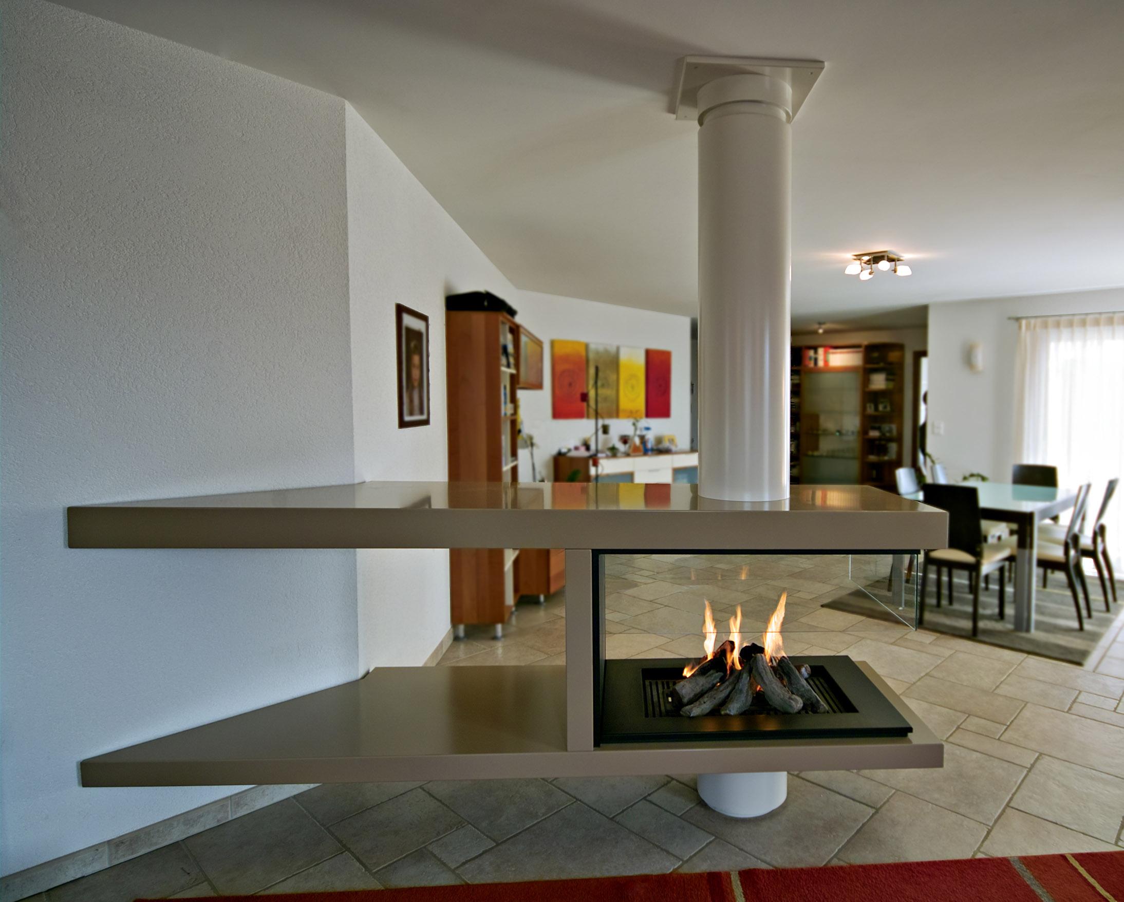 freistehender kamin stehende kamine stehen kamin. Black Bedroom Furniture Sets. Home Design Ideas